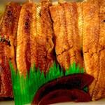 炭焼きうなぎの魚伊 - 鰻でご飯が見えない幸せ♡