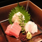 天ぷら新宿つな八 凛 - [お刺身]中とろ、まごがれい、あおはた