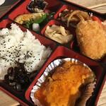 小池寿司食堂 - 料理写真:日替りランチ弁当(テイクアウト)内容お気軽にお問い合わせください。