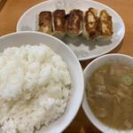 餃子の店 味の横綱 - 料理写真: