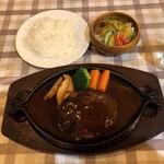洋食ホシノ - 料理写真:ジャンボハンバーグ 1,980円(税込)
