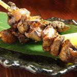 瑠璃座 - 森林鶏の白レバー串焼き。ねっとりとした食感。