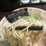 大砲ラーメン - 麺アップ