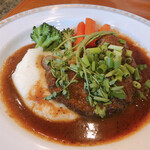 かざみどり - Cランチ(1375円) 牛肉のステーキ シャリアピンソース