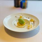 ラ メゾン ドゥ グラシアニ - ⑧【デザート】 ハーブのアイス、ハッサク2種(フレッシュ+コンフィチュール:ジャム)、ヨーグルトのムース、ビスキュイ(焼菓子)、メレンゲ+ハッサク添え