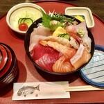 五郎鮨 - 日替りチラシ丼¥1,200