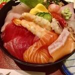 五郎鮨 - ネタもなかなか豪勢です