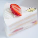 150498520 - 至高のショートケーキ。シンプルイズベスト!