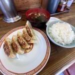 亀戸ぎょうざ - 餃子10と半ライス690円