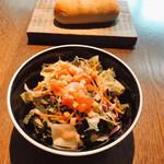Biodinamico - サラダとパン