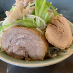 かじろうramen7 - 料理写真:ラーメン小 野菜&にんにく、脂