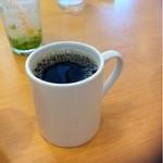 15052230 - コーヒーはアメリカンサイズ。結構美味しい。