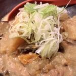 あぶり清水 - もつ煮豆腐