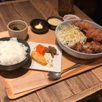 150546506 - 【メガ唐揚げ定食】(1200円税込)
