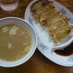Ramenkoukouya - 餃子とスープ