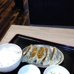 ホンツォ餃子 -