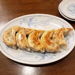 中華亭 - 餃子 500円