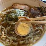 南海園 - 醤油ラーメン(ランチだと¥150)