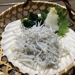 魚見亭 - 釜あげしらす561円