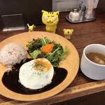 ボブバーグ - ボブロコモコ 1,070円(税込) ※スープ付