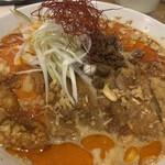 水餃子と胡椒シュウマイの二兎 - 排骨坦々麺