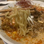水餃子と胡椒シュウマイの二兎 - 麺は中太縮れ系!