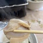 はまぐりプラザ - 焼き蛤、大きくて肉厚です