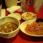 浅草製麺所 - 醤油つけ麺赤(700円)+焼餃子3個(180円)