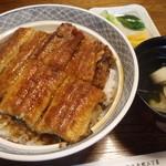 15063952 - 上うなぎ丼¥2520-肝吸い、漬物付き
