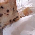 ラ ベルコリーヌ - 料理写真:パンの香りは幸せになります。