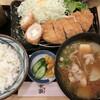 かつ勢 - 料理写真:選べるランチ(ロースかつ80g+チキンチーズロール)+デカ盛り豚汁。1,190+110円