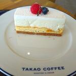 BASEL×TAKAO COFFEE - ■4層仕立てのレアチーズケーキ