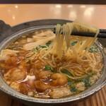 ジョイフル - ツルツル細麺
