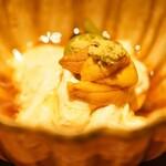 酒井商会 - 料理写真:唐津の雲丹と生湯葉と山菜