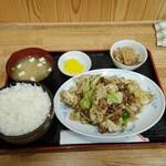 中華飯店 ごくう - 本日のサービス品回鍋肉定食ご飯大盛り