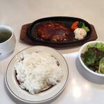 比恵呂 - チーズハンバーグランチ ¥980