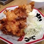 屯ちん亭 - 【再訪】鳥から醤油味(240円)