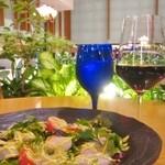 アマルフィイ ノベッロ - 季節野菜と相模湾鮮魚のカルパッチョ マスタード風味