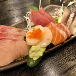 山海里 - 料理写真:お刺身盛合せ