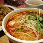 タイ国麺飯ティーヌン -