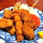 さくら - ミックスフライ定食(エビ・イカ・魚・カキ・串かつ)¥1365