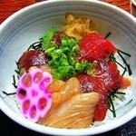 さくら - 紅白丼(まぐろ&白身)¥997