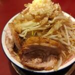 ラーメン☆ビリー - ラーメン(850円)中盛(50円)野菜まし ニンニク アブラ