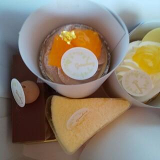 菓子工房グリューネベルク - 料理写真:上からのショット