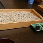 そば処 滝見館 - 料理写真:板蕎麦(¥2000)。 分けたらお得。