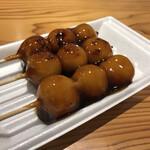 芹生茶屋 - 料理写真:みたらしだんご