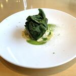 テアトロ ディ マッサ - ホタテ ホウレン草 イタリアンパセリオイル ジャガイモ