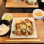 ハオツー 中華料理 - 油淋鶏