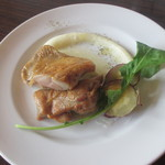 Quatre Cafe - 鶏もも肉のソテー~ポムピューレ添え~