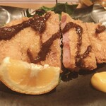 泰人 - 料理写真:★6.5沖縄島豚熟成ハムカツ